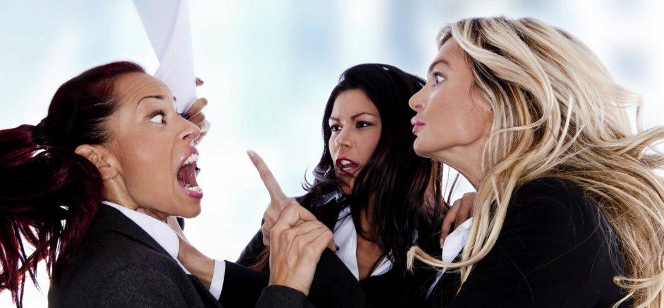 three-women-arguing